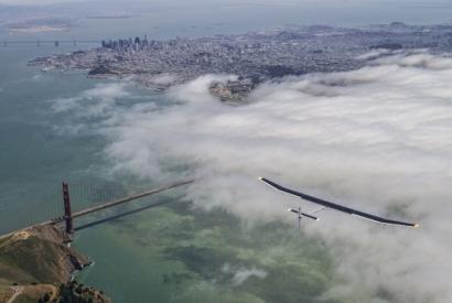 Sobrevolando EEUU en un avión solar