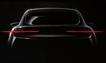 Ford desvela que para 2020 lanzará un coche eléctrico inspirado en el modelo Mustang con una autonomía de casi 500 km