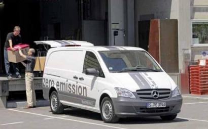 Mercedes, si es eléctrico; Toyota, si es híbrido