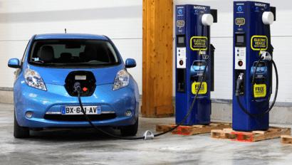 Europcar y Hertz alquilarán coches eléctricos en Málaga