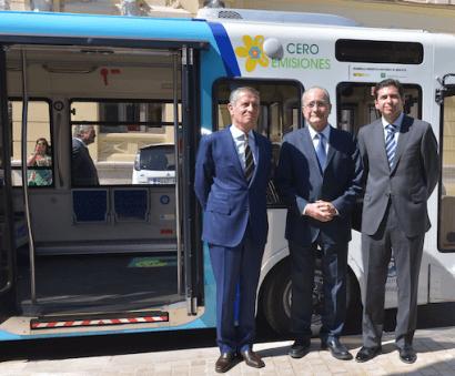Cómo cargar un autobús eléctrico sin cables
