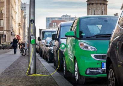 Los coches eléctricos serán más baratos que los de combustión en año y medio
