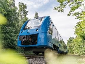 Los trenes de hidrógeno de Alstom ya llevan un año y medio circulando con pasajeros. Y sin problema.