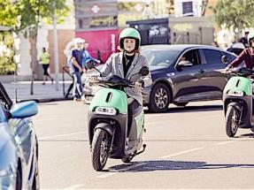 Llegan más motos eléctricas compartidas a Madrid