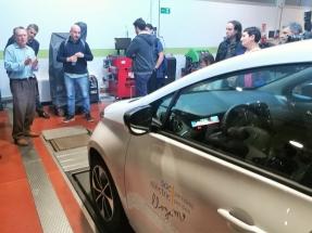 Un municipio barcelonés ofrece a sus vecinos 15 horas gratis de coche eléctrico