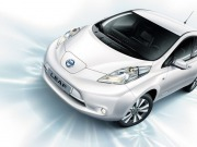 La Junta de Castilla y León probará durante los próximos meses cuatro vehículos eléctricos de las marcas Renault y Nissan