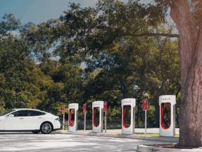Tesla ya cuenta con 10 supercargadores en España