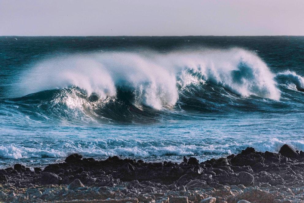 Cómo superar las barreras no tecnológicas que frenan el desarrollo de la energía de las olas