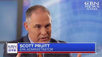 """EEUU: El director de la Agencia de Protección Ambiental dice que está en la Biblia """"cosechar recursos naturales"""" como los combustibles fósiles"""