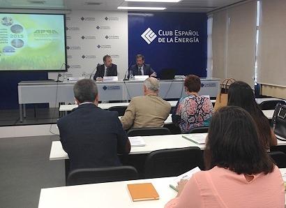 Las renovables retroceden más de un 3% en España