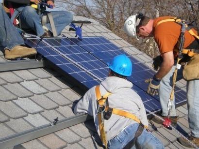 """El IDAE afirma que es """"totalmente legal"""" el autoconsumo de energía"""
