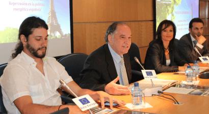 Cumplir el Acuerdo de París precisa de una nueva regulación eléctrica y ambiental