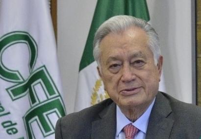 """Acusan de mentir sobre """"el subsidio a las renovables"""" al director de la Comisión Federal de Electricidad, Manuel Bartlett"""