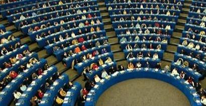 El Parlamento Europeo sí quiere objetivos vinculantes de renovables para 2030