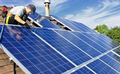 La fotovoltaica crece un 52% en el año cuatro de la crisis