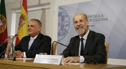 España y Portugal estudian medidas conjuntas para ajustar el precio de la luz en el mercado ibérico