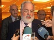 Arias Cañete no comparte el freno de la CE a los biocarburantes de cultivos