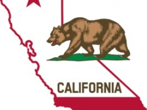 California: Adoptan programas para promover la energía solar en comunidades desfavorecidas