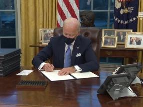 Además de volver al Acuerdo de París, Biden quiere emisiones netas cero para 2050 y cancela un oleoducto