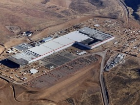 La Gigafactoría de Tesla comienza a producir baterías