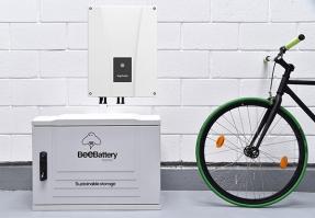 El inversor híbrido de Ingeteam es compatible con la batería de BeePlanet Factory