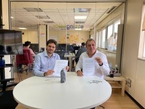 Acuerdo entre la cámara empresarial Canacintra y la española Ezzing Solar para impulsar instalaciones de energía distribuida fotovoltaica