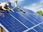 Golpe a la seguridad jurídica con recortes retroactivos y sin una reforma real del sector eléctrico, dice UNEF