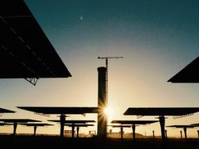 Marruecos construirá una pionera central termosolar-fotovoltaica de 800 MW