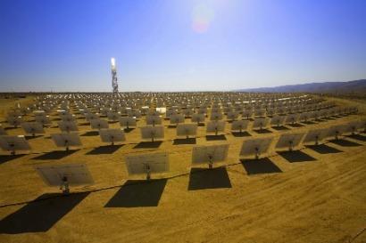 España sigue liderando la carrera termosolar tras un trienio de moratoria renovable