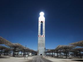 La planta termosolar Cerro Dominador sincroniza con la red eléctrica y ya entrega energía