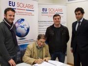 En marcha la primera central solar de geometría variable